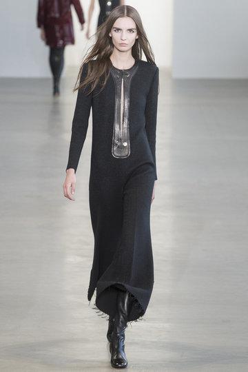 calvin_klein_collection_00270h_fashionshow_article_portrait
